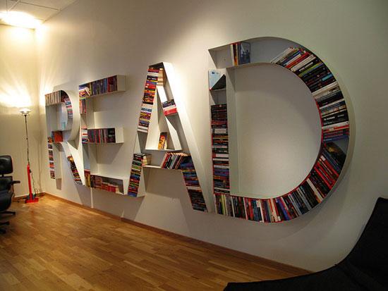librero con letras